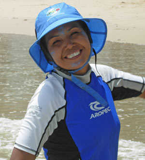 surf instructor assistant- Thai