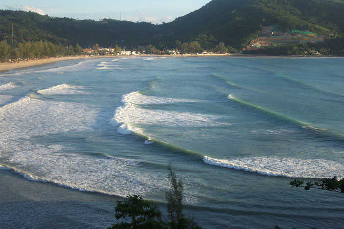 Kamala Beach Surf