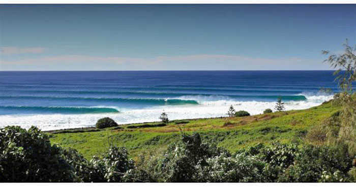 Classic Surf at Lennox Head Australia