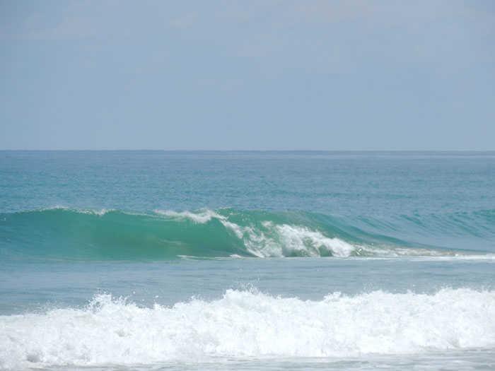 Surfing Reef Phang Nga