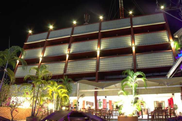 Sweet Surin Hotel