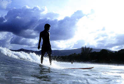 dramtic-surf-1