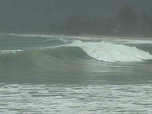 Shore break Samui