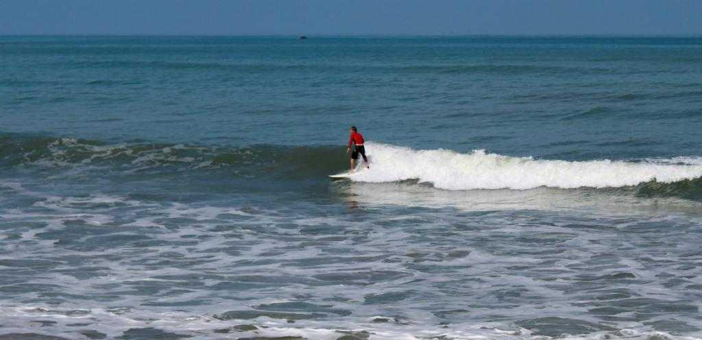 surfing-khao-lak-1