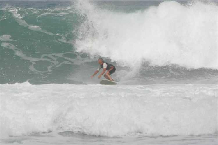 Surfing Malaysia