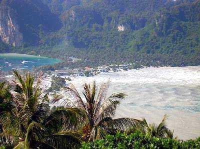 phi-phi-tsunami1