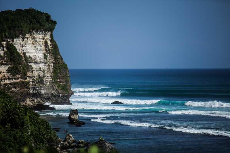Uluwatu/Bingan Reef Break Bali