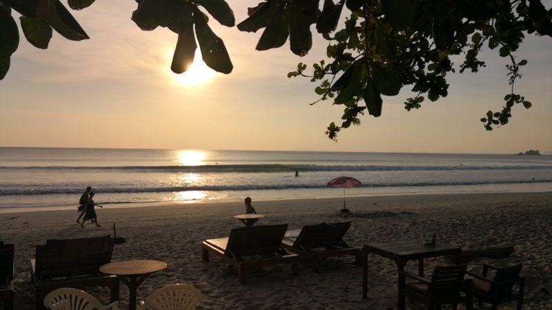 surfing-ranong-thailand-8